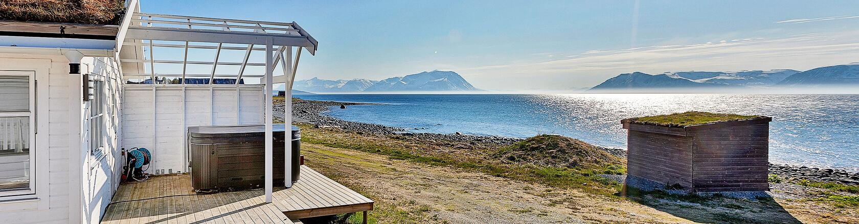 tran y in norwegen mieten sie ein ferienhaus bei dancenter. Black Bedroom Furniture Sets. Home Design Ideas